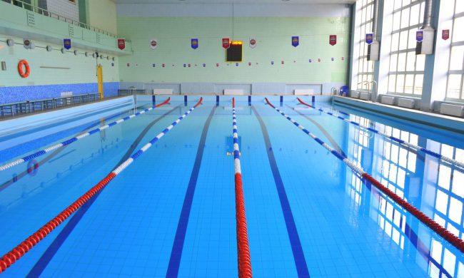 В бассейн без справки в Луховицах